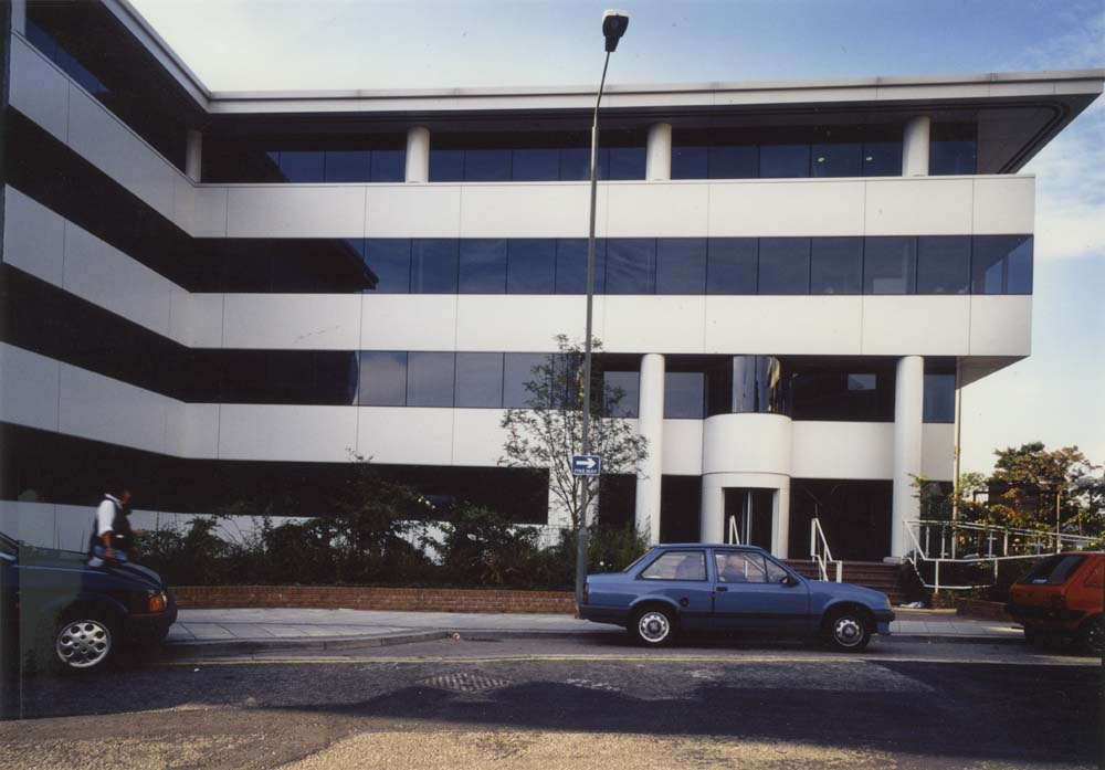 costain-house-woking-jpg